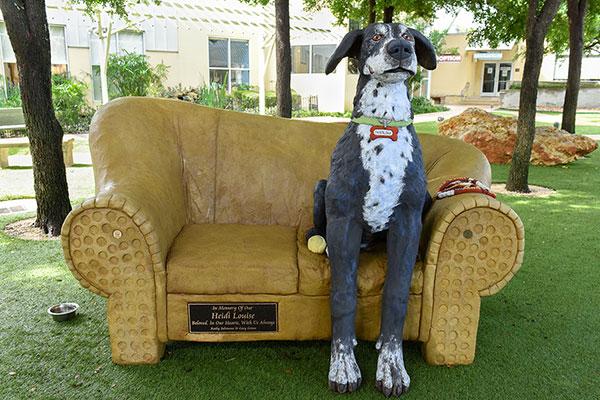 Dog Statue web